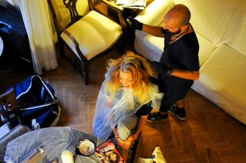 en tillfällig frisör salong hos oss :)
