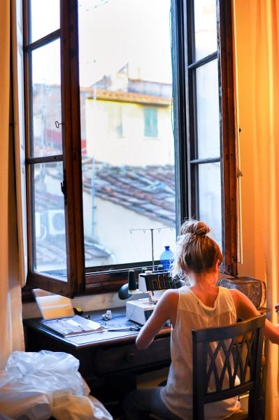 inte dåligt att sy med den här utsikten i vår lägenhet :)